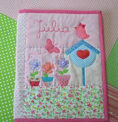 capa de caderneta de saúde MY Flowers by Maria Sica, via Flickr