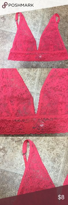 Victoria's Secret Lace Bandeau Bra Size Medium Victoria's Secret Pink Lace Bandeau Bra Size Medium. Worn once and perfect. Victoria's Secret Intimates & Sleepwear Bandeaus