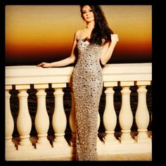 Queen rolita fakih special made swarovski crystal dress by innternational designer over 100000 of ccrysal pieces