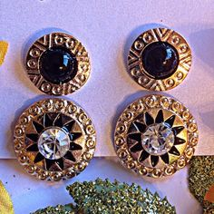 ❗️SOLD IN BUNDLE❗️Black Aztec Armor Earrings Set ❗️️LAST ONE AVAILABLE (price reduced if bundled)❗️️️️️️Brand New With Tags! Never Worn! Why wait for your knight in shining armor ladies when you can wear your own armor with this gorgeous black aztec armor earrings set! Two pairs of intricately designed earrings with radiant golden hardware and stunning pressed designs. One pair has glimmering white crystals that truly dazzle from miles. A definite must have to dress up or down any outfit for…