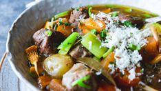 Høsten er uten tvil høysesong for grytemat. Polenta, Lamb, Main Dishes, Cooking Recipes, Beef, Ethnic Recipes, Food, Main Courses, Meat