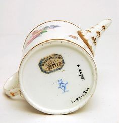 Mark: '5'  and '10' (sic) and L'sTitleTeapot, 1768Object numberX.2475CollectionCERAMICSCreatorSèvres PorcelainProduction placeFranceDate 1768 - 1768Production period18th centurySchool/styleFrenchObject nameTeapotMaterialHard paste PorcelainTechniqueEnamel, Gold, Gilt