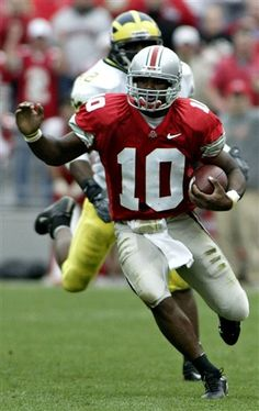 2004 The Ohio State University vs that team up north.  Troy Smith