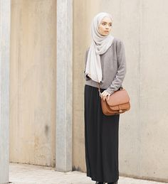 Skirt outfits long hijab 25 New ideas Hijab Fashion 2016, Street Hijab Fashion, Modest Fashion, Fashion Outfits, Casual Hijab Outfit, Hijab Chic, Islamic Fashion, Muslim Fashion, Modest Outfits