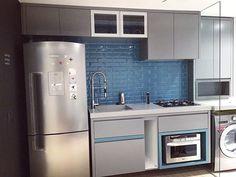 Cheguei do trabalho e dei de cara com a cozinha montada  Falta ainda a gaveta de temperos e outros detalhes mas gente!! Tenho cozinha!!  #reforma#decoração#obra#design#arquitetura#decor#construção#engenharia#designdeinteriores#interiordesign#industrial#industrialdesign#iluminação#casa#home#homedecor#homesweethome#interiors#interiores#projetos #cozinha #kitchen