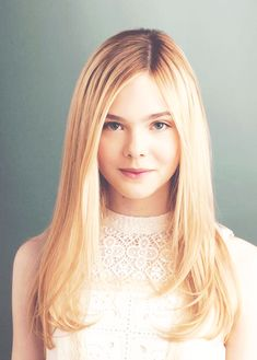 elle fanning young gif
