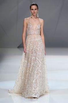 Wedding dress ideas from Bridal Fashion Week | Runway gown Inspiration
