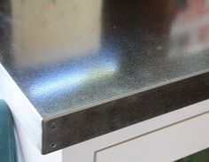 DIY galvanized metal countertop : tutorial by okcamp