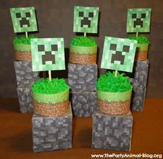 FREE Printable Minecraft Cupcake Toppers and Wrappers | ThePartyAnimal-Blog