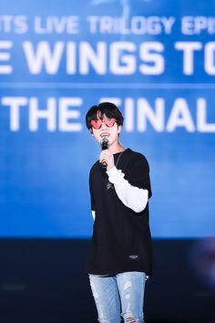 ◟( ˘ ³˘)◞ ~♡⁼³₌₃ 171209 The WINGS tour final in Seoul D.2 // #JIN