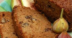 Brown soda bread is a moist oatmeal quick bread sweetened with molasses. This is a very close cousin of a classic Irish soda bread. Fig Recipes, Baking Recipes, Dessert Recipes, Desserts, Baking Pan, Fig Bread, Banana Nut Bread, Fig Cake, Biscuit Bread