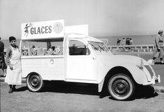 2 CV ''marchand de glaces''