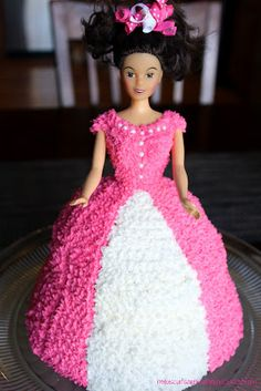 My Biscuits are Burning: Doll Cake