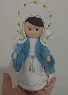 Linda Nossa Senhora em feltro com moldes...créditos nas imagens...