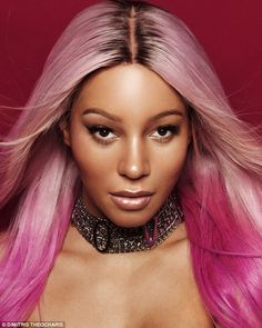 a woman with pink hair taking a selfie: Munroe Bergdorf, has showed off the results of her recent facial feminisation surgery Facial Feminization Surgery, Transgender Model, Thing 1, Pink Hair, Take That, Ffs Surgery, Victoria, Glamour, Pretty Girls