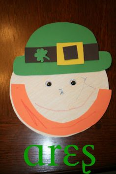 Leprechaun's Face - St. Patrick's Day Craft for #Children (pinned by Super Simple Songs) #educational #resources #StPatricksDay