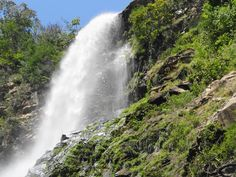 Cascada cola de caballo de el Mixcoate Colima