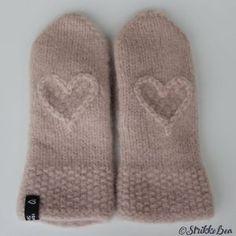 Hjertevenn votter pudderrosa Mittens, Pink, Shopping, Fingerless Mitts, Fingerless Mittens, Gloves, Pink Hair, Roses
