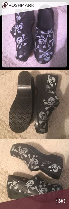 MAKE AN OFFERSkull & Crossbones Sanitas! size 38! worn once and realized they're a little too tight for me :( totally bummed bc I love these! please make an offer they're in nearly perfect condition. sanita Shoes Mules & Clogs
