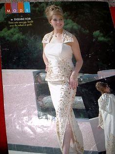 Image issue du site Web http://img7.hostingpics.net/pics/525074241tenu_dakhla_ivoire.jpg