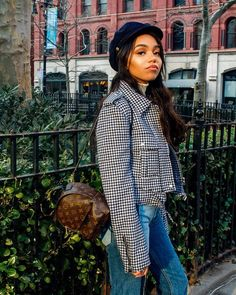 Whether you have seen Bella Hadid hopping on a jet or running around fashion week in one or dawning the head of street style icons, baker boy hats are everything right now! Bella Hadid, Kendall Jenner, Houndstooth Jacket, Baker Boy, White Turtleneck, New York Travel, Cropped Jeans, Black Girls, Style Icons