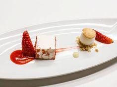 outstanding dessert at FGA   #foodgeniusacademy #milan #milano #dessert #strawberries #dolce #cream #moderncuisine #foodstyling #composition