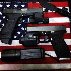 Glock 19(19plus 1)! glock 30(13plus1)