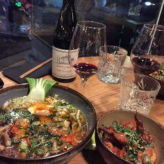 Restaurant Säm Asian Bar & Kitchen - Ramen and Sticky Chicken Wings