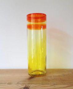 SEVERIN BRØRBY HADELAND - Ra serien - flott kunstglassvase - Selges av oba044 fra Bjorbekk på QXL.no.  SEVERIN BRØRBY HADELAND - Ra serien - flott kunstglassvase. Nydelig vase.  God stand. Høyde ca 21 cm.