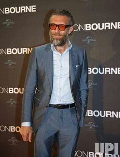 Monica Bellucci Vincent Cassel, Diane Kruger, Fashion For Men Over 50, Single Breasted, Suit Jacket, Mens Fashion, Suits, Jackets, Style