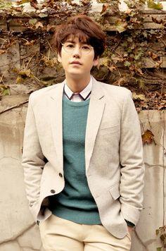 KyuHyun Nombre real: Cho Kyu Hyun Fecha de nacimiento: 03-Febrero-1988