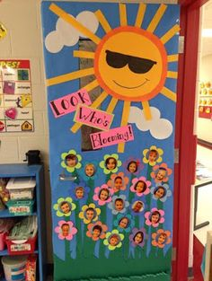صورة ذات صلة preschool door decorations, classroom door decorating ideas, s Preschool Door Decorations, Decoration Creche, Classroom Decor Themes, Class Decoration Ideas, Toddler Classroom Decorations, Classroom Ideas, School Room Decorations, Garden Theme Classroom, Preschool Classroom Decor