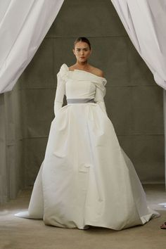 #Carolina Herrera Spring 2013 Bridal Collection