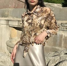 Made in Germany. Slightly sheer polyester fabric, buttons in a slight transparent milky color. Fits Size XS-M. Very artsy and unique find. € 38 + shipping {free untracked shipping in EU} Donate To Charity, Floral Blouse, Espresso, The Selection, How To Make, How To Wear, Germany, Artsy, Buttons