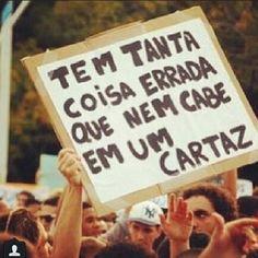 Internautas registram protestos motivados por aumento das tarifas do transporte; veja fotos - Fotos - UOL Notícias