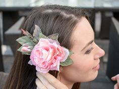 Items similar to Flower headpiece, bridal headpiece, wedding headpiece, wedding hair accessories, flower hair clip on Etsy Flower Headpiece, Headpiece Wedding, Bridal Headpieces, Floral Hair, Wedding Hair Accessories, Hair Pieces, Hair Clips, Wedding Hairstyles, Hands