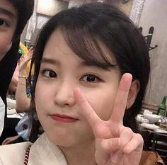kpop girl groups and soloists only I Love Girls, Cute Girls, Cool Girl, Kpop Girl Groups, Kpop Girls, Korean Girl, Asian Girl, Kpop Aesthetic, Mood
