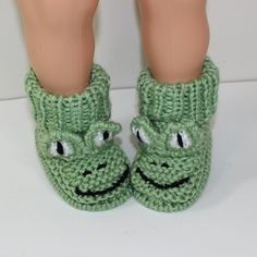 Looking for your next project? You're going to love Toddler Frog Boots by designer madmonkeyknits.