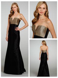Strapless V-notch Neckline Bridesmaid Dress with Trumpet Skirt