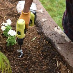UltraGarden™ - Spiral Drill Bit – saturnprimeco Garden Trowel, Garden Tools, Garden Paths, Garden Gadgets, Planter Garden, Ideas Para Decorar Jardines, Planting Tulips, Planting Grass, Gardens