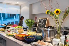 VEGGIE RESTO - DaTerra Baixa - Rua Mouzinho da Silveira, 249. Centrally located vegetarian buffet appears to have a steady selection of vegan options with the weekly menus updated online including labeled vegan dishes.