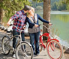Pinterest Found: 25 Dates You'll Both Love: Explore Your Neighborhood on Two Wheels #SelfMagazine