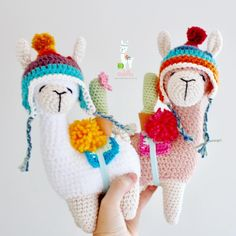 No hay descripción de la foto disponible. Quick Crochet, Cute Crochet, Crochet Baby, Knit Crochet, Crochet Classes, Crochet Projects, Crochet Gifts, Crochet Dolls, Alpacas
