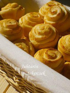 JUHTÚRÓS TEKERCS Bread Recipes, Snack Recipes, Snacks, Apple Pie, Peanut Butter, Muffin, Chips, Dairy, Food