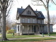 1870 historic home located at: 306 Kelly St, Charles City, IA