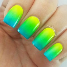 51 creative and colorful nail art design for 2018 40 Nail Art Vert, Nail Art Ombré, Summer Nails Neon, Summer Acrylic Nails, Gradient Nails, Neon Nails, Nail Polish Designs, Nail Art Designs, Design Ongles Courts
