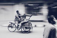 Belajar motret  #panning #bw #streetphotography #photography #belajarmotret