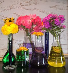 Try making your flower display abstract!