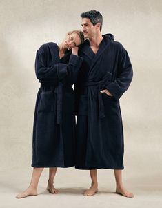 The ultimate luxury in bathrobes, our Hydrocotton styles are made using clever 'low twist' technology. The result? Cotton that feels thicker and softer than normal, while remaining beautifully light, moisture-wicking and fast drying. Unique Anniversary Gifts, Cotton Anniversary, Wedding Anniversary, Heart Shaped Bowls, Detail Shop, The White Company, Husband Love, Unisex Fashion, Snuggles