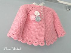 Strickmuster Baby Jacke Baby Strickjacke Strumpfband Stich stricken Source by , Crochet Baby Dress Pattern, Baby Cardigan Knitting Pattern, Baby Dress Patterns, Baby Knitting Patterns, Bernat Baby Sport Yarn, Cardigan Bebe, Pull Bebe, Baby Girl Jackets, Garter Stitch